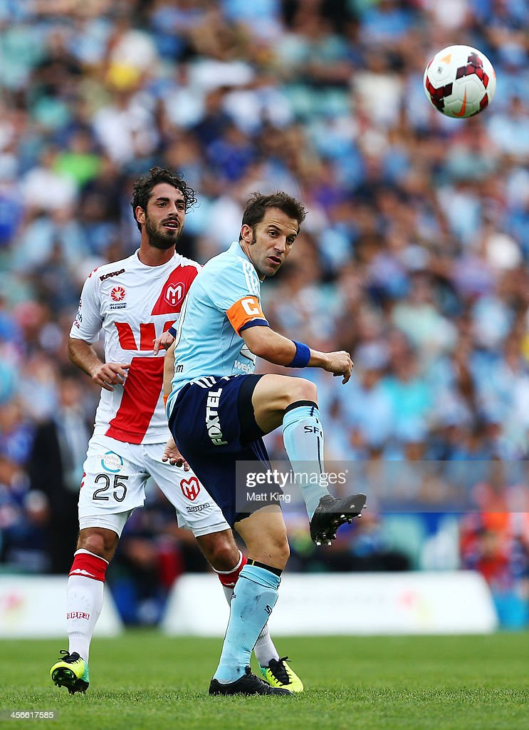 Alessandro Del Piero of Sydney FC passes the ball during the round 10 A-League match between Sydney FC and the Melbourne Heart at Allianz Stadium on December 15, 2013 in Sydney, Australia.