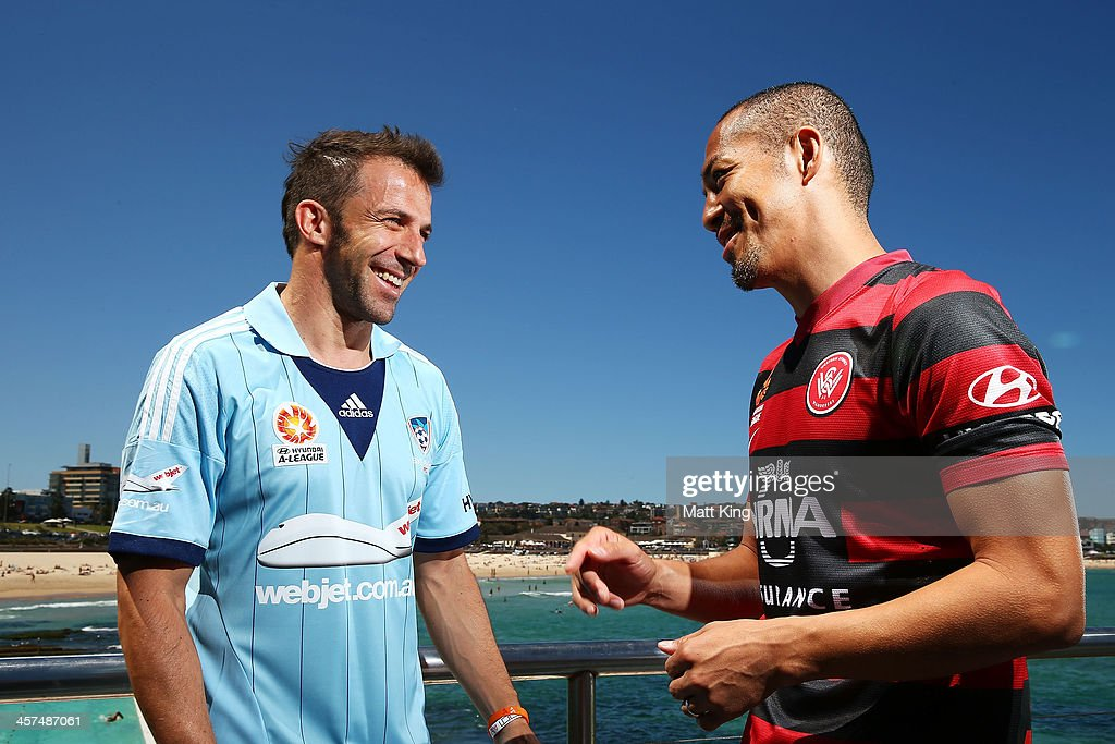 <a gi-track='captionPersonalityLinkClicked' href=/galleries/search?phrase=Alessandro+Del+Piero&family=editorial&specificpeople=206226 ng-click='$event.stopPropagation()'>Alessandro Del Piero</a> of Sydney FC (L) talks to <a gi-track='captionPersonalityLinkClicked' href=/galleries/search?phrase=Shinji+Ono&family=editorial&specificpeople=550970 ng-click='$event.stopPropagation()'>Shinji Ono</a> of the Western Sydney Wanderers (R) during the launch of the A-League's Summer of Football at Bondi Icebergs on December 18, 2013 in Sydney, Australia.