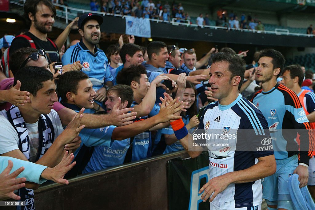 <a gi-track='captionPersonalityLinkClicked' href=/galleries/search?phrase=Alessandro+Del+Piero&family=editorial&specificpeople=206226 ng-click='$event.stopPropagation()'>Alessandro Del Piero</a> of Sydney FC thanks fans after winning the round 20 A-League match between Sydney FC and the Brisbane Roar at Allianz Stadium on February 10, 2013 in Sydney, Australia.