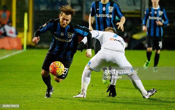 Alessandro Diamant i of Atalanta BC competes with Marcel Buchel of Empoli FC during the Serie A match between Atalanta BC and Empoli FC at Stadio...