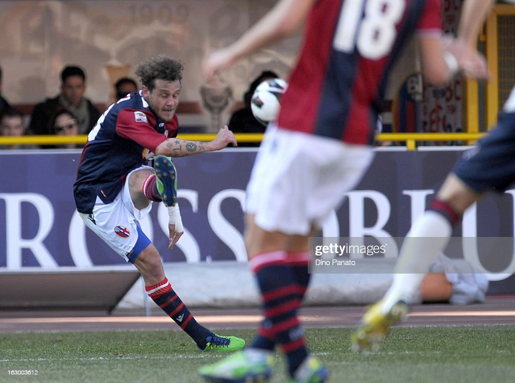 <a gi-track='captionPersonalityLinkClicked' href=/galleries/search?phrase=Alessandro+Diamanti&family=editorial&specificpeople=4891338 ng-click='$event.stopPropagation()'>Alessandro Diamanti</a> of Bologna FC scores his their second goal during the Serie A match between Bologna FC and Cagliari Calcio at Stadio Renato Dall'Ara on March 3, 2013 in Bologna, Italy.