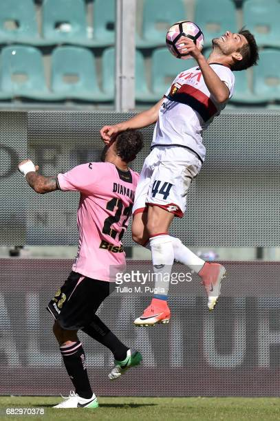 Alessandro Diamanti of Palermo and Miguel Veloso of Palermo compete for the ball during the Serie A match between US Citta di Palermo and Genoa CFC...