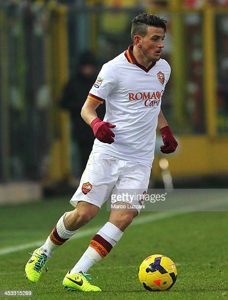Alessandro Florenzi of AS Roma in action during the Serie A match between Atalanta BC and AS Roma at Stadio Atleti Azzurri d'Italia on December 1...