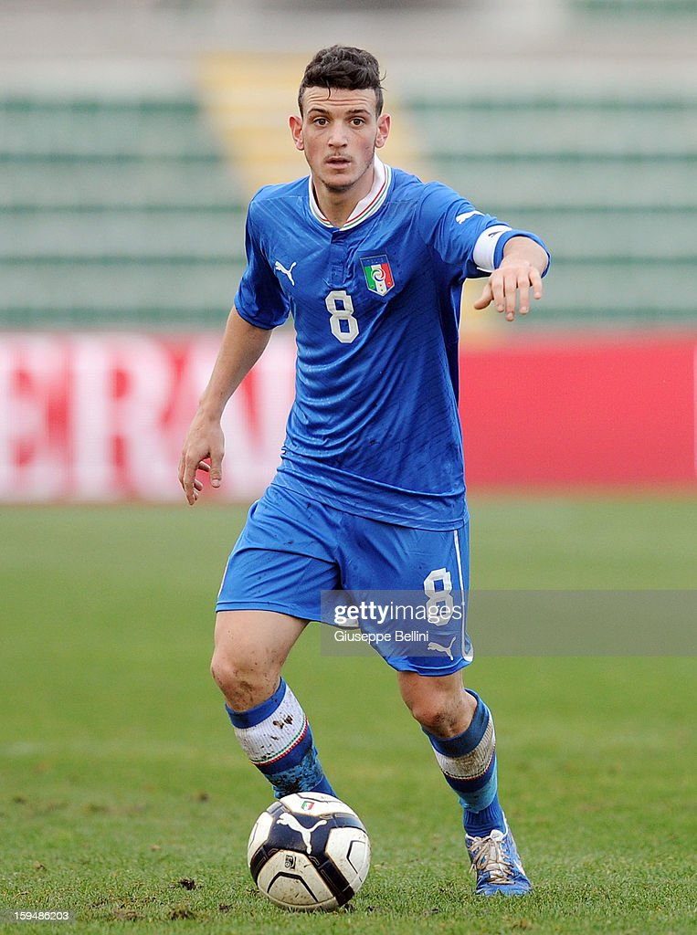 Alessandro Florenzii of Italy U21 in action during the friendly match between Italy U21 and Rappresentativa Serie B at Stadio Libero Liberati on December 18, 2012 in Terni, Italy.