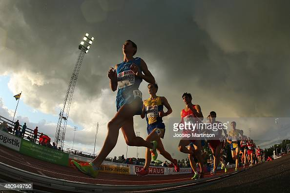 Alessandro Giacobazzi of Italy leads the pack during the Men's 10000m at Ekangen Arena on July 16 2015 in Eskilstuna Sweden
