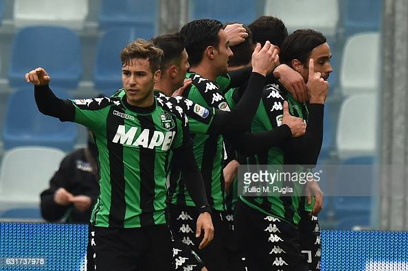 Alessandro Matri of Sassuolo celebrates after scoring the equalizing during the Serie A match between US Sassuolo and US Citta di Palermo at Mapei...