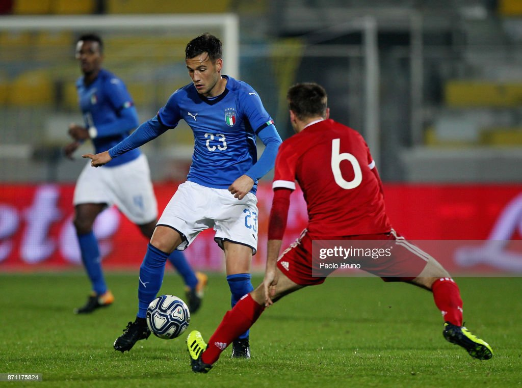 Alessandro Murgia of Italy U21competes for the ball with Oleg Lanin of Russia U21 during the international friendly match between Italy U21 and Russia U21 on November 14, 2017 in Frosinone, Italy.