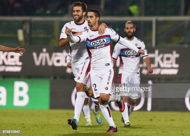 Alessandro Salvi of Cittadella celebrates after scoring his team's third goal during the Serie B match between US Citta' di Palermo and Cittadella at...