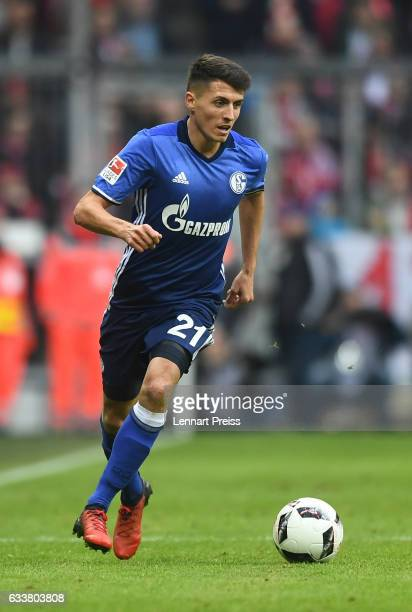 Alessandro Schoepf of FC Schalke 04 in action during the Bundesliga match between Bayern Muenchen and FC Schalke 04 at Allianz Arena on February 4...