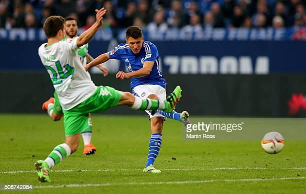 Alessandro Schoepf of Schalke is scoring the 3rd goal during the Bundesliga match between FC Schalke 04 and VfL Wolfsburg at VeltinsArena on February...