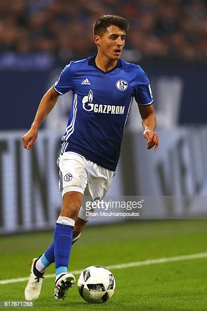 Alessandro Schopf of Schalke in action during the Bundesliga match between FC Schalke 04 and 1 FSV Mainz 05 at VeltinsArena on October 23 2016 in...