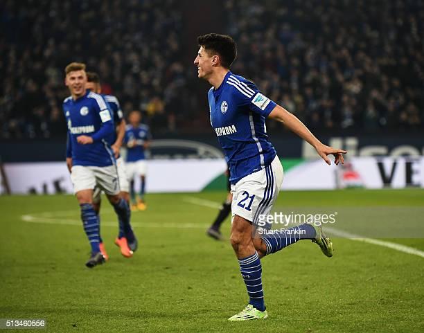 Alessandro Schöpf of Schalke celebrates scoring his goal during the Bundesliga match between FC Schalke 04 and Hamburger SV at VeltinsArena on March...