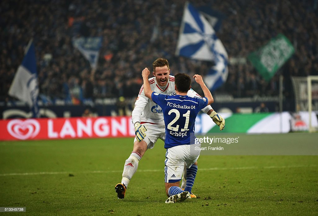 <a gi-track='captionPersonalityLinkClicked' href=/galleries/search?phrase=Alessandro+Sch%C3%B6pf&family=editorial&specificpeople=7140293 ng-click='$event.stopPropagation()'>Alessandro Schöpf</a> of Schalke celebrates scoring his goal with Ralf Fährmann during the Bundesliga match between FC Schalke 04 and Hamburger SV at Veltins-Arena on March 2, 2016 in Gelsenkirchen, Germany.