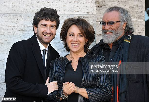 Alessandro Siani Carla Signoris and Diego Abatantuono attend a photocall for 'Mister Felicita' on December 28 2016 in Roma Italy