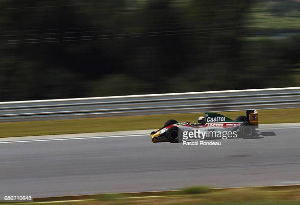 Alessandro Zanardi of Italy drives the Team Lotus Lotus 107B Ford HBD6 V8 during the Yellow Pages South African Grand Prix on 13 March 1993 at the...