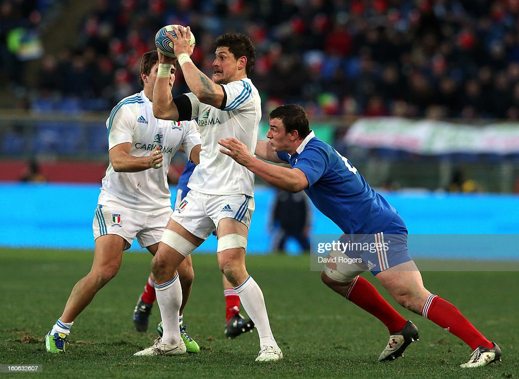 Alessandro Zanni of Italy holds onto the ball during the RBS Six Nations match between Italy and France at Stadio Olimpico on February 3, 2013 in Rome, Italy.