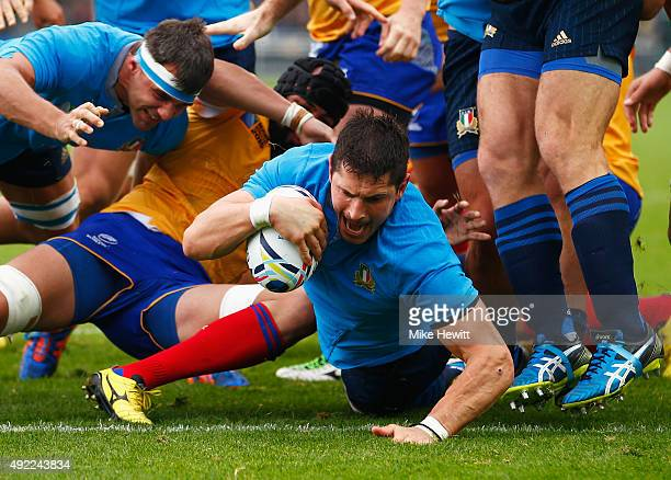 Alessandro Zanni of Italy scores their fourth try during the 2015 Rugby World Cup Pool D match between Italy and Romania at Sandy Park on October 11...