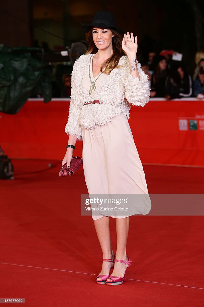 <a gi-track='captionPersonalityLinkClicked' href=/galleries/search?phrase=Alessia+Fabiani&family=editorial&specificpeople=2083003 ng-click='$event.stopPropagation()'>Alessia Fabiani</a> attends 'Romeo And Juliet' Premiere during The 8th Rome Film Festival at Auditorium Parco Della Musica on November 11, 2013 in Rome, Italy.