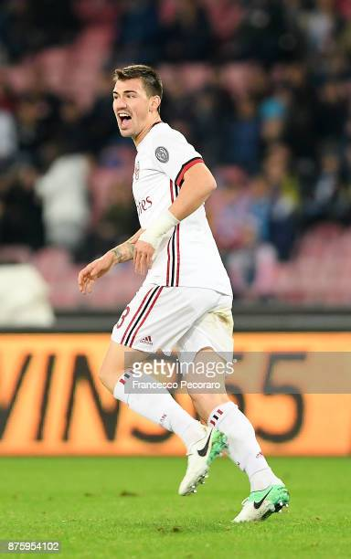 Alessio Romagnoli of AC Milan celebrates after scoring 21 goal during the Serie A match between SSC Napoli and AC Milan at Stadio San Paolo on...