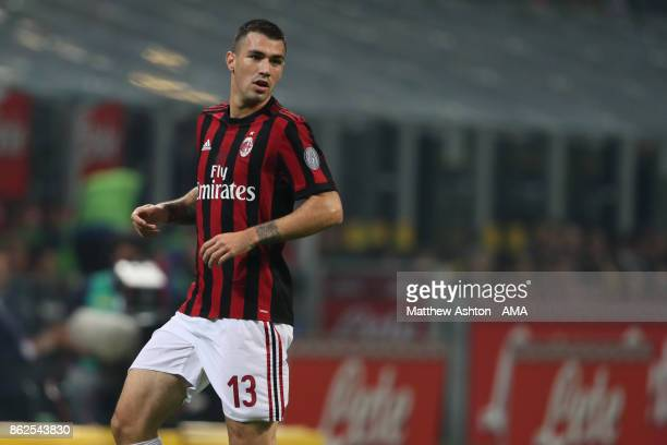 Alessio Romagnoli of AC Milan during the Serie A match between FC Internazionale and AC Milan at Stadio Giuseppe Meazza on October 15 2017 in Milan...