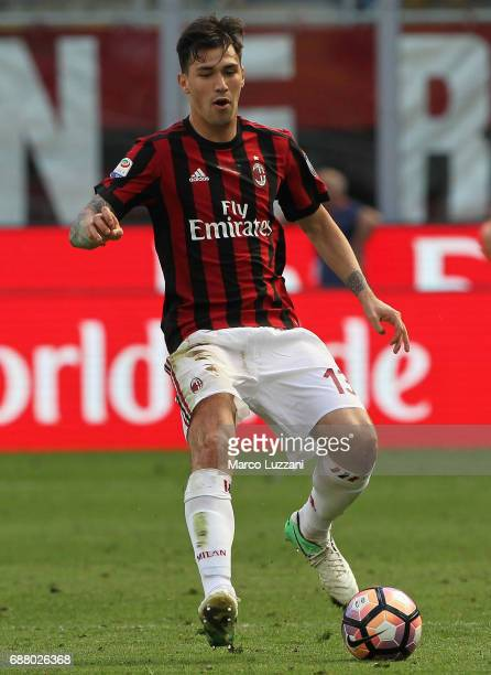 Alessio Romagnoli of AC Milan in action during the Serie A match between AC Milan and Bologna FC at Stadio Giuseppe Meazza on May 21 2017 in Milan...