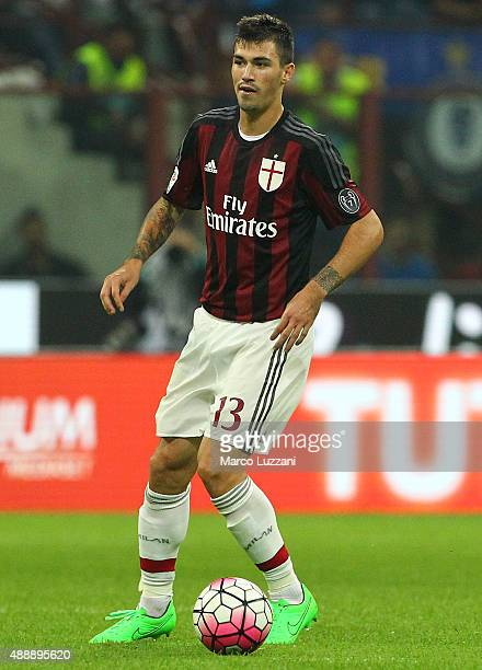 Alessio Romagnoli of AC Milan in action during the Serie A match between FC Internazionale Milano and AC Milan at Stadio Giuseppe Meazza on September...