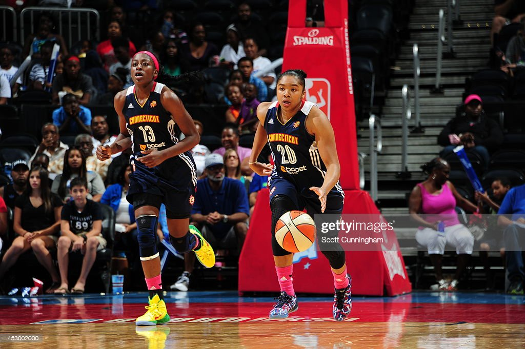 Alex Bentley #20 of the Connecticut Sun handles the ball against the Atlanta Dream on July 29, 2014 at Philips Arena in Atlanta, Georgia.