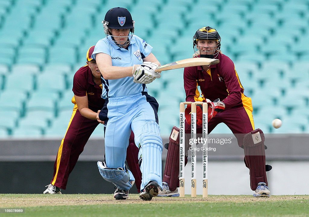 Alex Blackwell bats during the WNCL Final match between the NSW Breakers and the Queensland Fire at the Sydney Cricket Ground on January 13, 2013 in Sydney, Australia.
