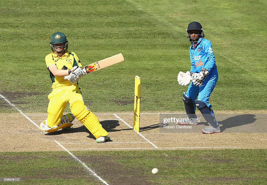 <a gi-track='captionPersonalityLinkClicked' href=/galleries/search?phrase=Alex+Blackwell&family=editorial&specificpeople=198941 ng-click='$event.stopPropagation()'>Alex Blackwell</a> of Australia bats during game three of the one day international series between Australia and India at Blundstone Arena on February 7, 2016 in Hobart, Australia.