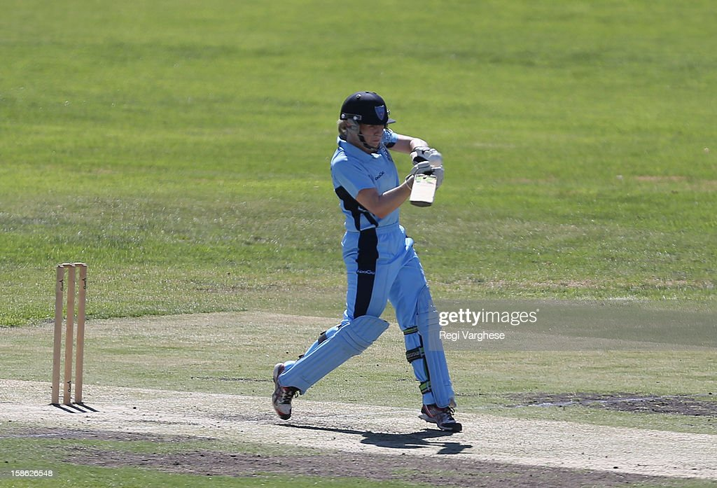 <a gi-track='captionPersonalityLinkClicked' href=/galleries/search?phrase=Alex+Blackwell&family=editorial&specificpeople=198941 ng-click='$event.stopPropagation()'>Alex Blackwell</a> of Breakers plays a shot during the WNCL match between the South Australia Scorpions and the New South Wales Breakers at Prospect Oval on December 22, 2012 in Adelaide, Australia.