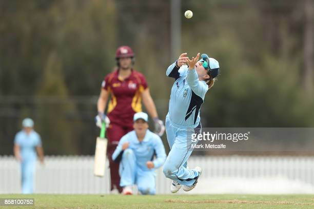 Alex Blackwell of NSW dives for a catch during the WNCL match between New South Wales and Queensland at Blacktown International Sportspark on October...