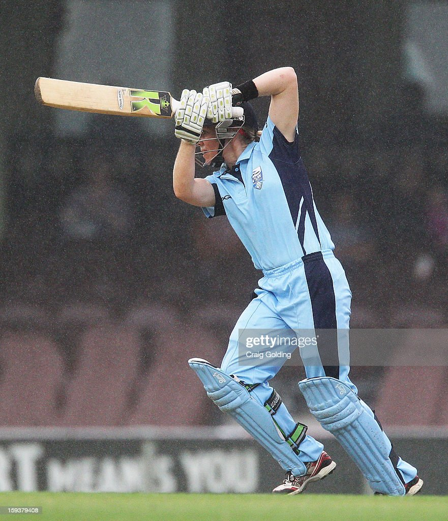 Alex Blackwell of the Breakers bats during the WNCL Final match between the NSW Breakers and the Queensland Fire at the Sydney Cricket Ground on January 13, 2013 in Sydney, Australia.