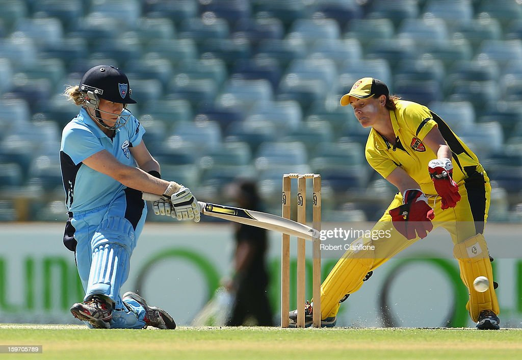 <a gi-track='captionPersonalityLinkClicked' href=/galleries/search?phrase=Alex+Blackwell&family=editorial&specificpeople=198941 ng-click='$event.stopPropagation()'>Alex Blackwell</a> of the Breakers bats during the women's Twenty20 final match between the NSW Breakers and the Western Australia Fury at the WACA on January 19, 2013 in Perth, Australia.