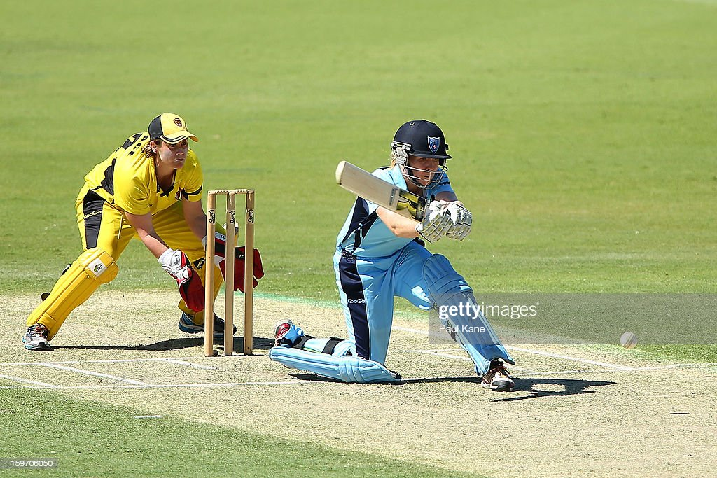 Alex Blackwell of the Breakers bats during the women's Twenty20 final match between the NSW Breakers and the Western Australia Fury at WACA on January 19, 2013 in Perth, Australia.