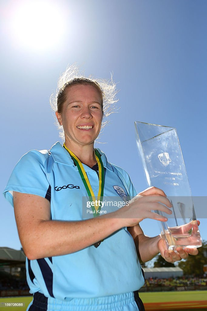 <a gi-track='captionPersonalityLinkClicked' href=/galleries/search?phrase=Alex+Blackwell&family=editorial&specificpeople=198941 ng-click='$event.stopPropagation()'>Alex Blackwell</a> of the Breakers poses with the trophy after winning the women's Twenty20 final match between the NSW Breakers and the Western Australia Fury at WACA on January 19, 2013 in Perth, Australia.