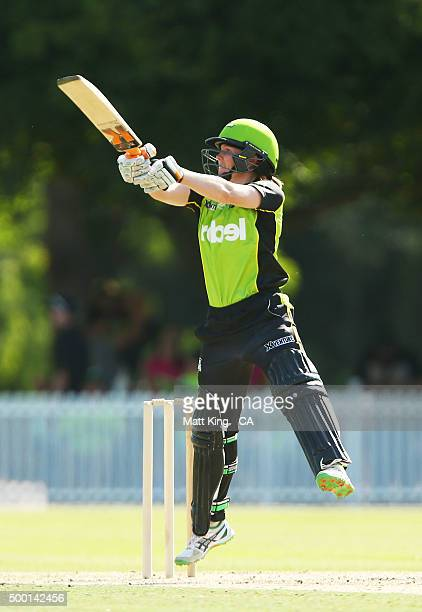 Alex Blackwell of the Thunder bats during the Women's Big Bash League match between the Sydney Thunder and the Sydney Sixers at Howell Oval on...