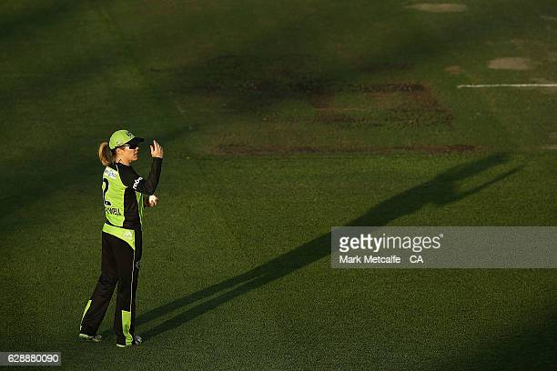 Alex Blackwell of the Thunder fields during the Women's Big Bash League match between the Sydney Thunder and the Melbourne Stars at North Sydney Oval...
