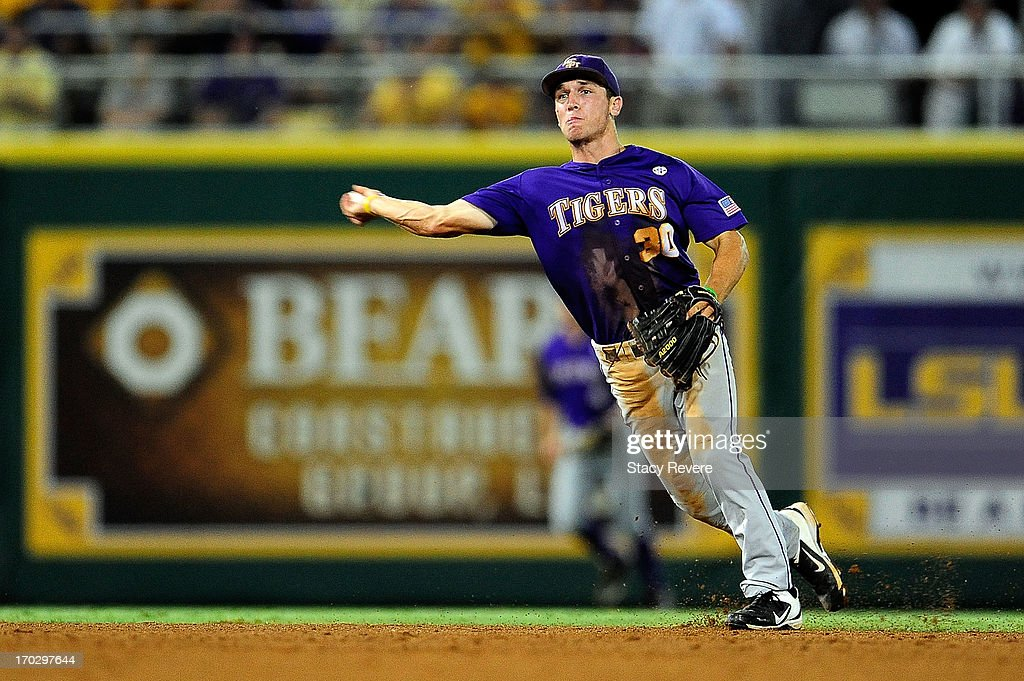 Alex Bregman #30 of the LSU Tigers makes a play during Game 2 of the NCAA baseball Super Regionals against the Oklahoma Sooners at Alex Box Stadium on June 8, 2013 in Baton Rouge, Louisiana.