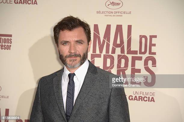 Alex Brendemuhl attends the Mal de Pierres' Paris Premiere at Cinema Gaumont Marignan on October 10 2016 in Paris France