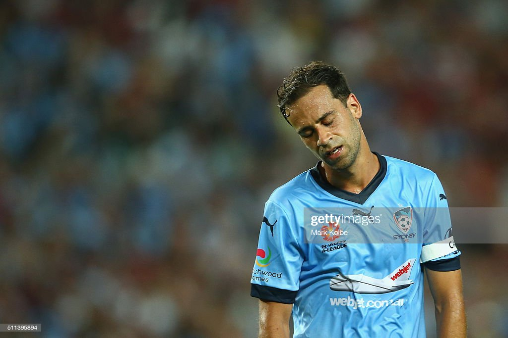 <a gi-track='captionPersonalityLinkClicked' href=/galleries/search?phrase=Alex+Brosque&family=editorial&specificpeople=235397 ng-click='$event.stopPropagation()'>Alex Brosque</a> of Sydney FC shows his frustration during the round 20 A-League match between Sydney FC and the Western Sydney Wanderers at Allianz Stadium on February 20, 2016 in Sydney, Australia.