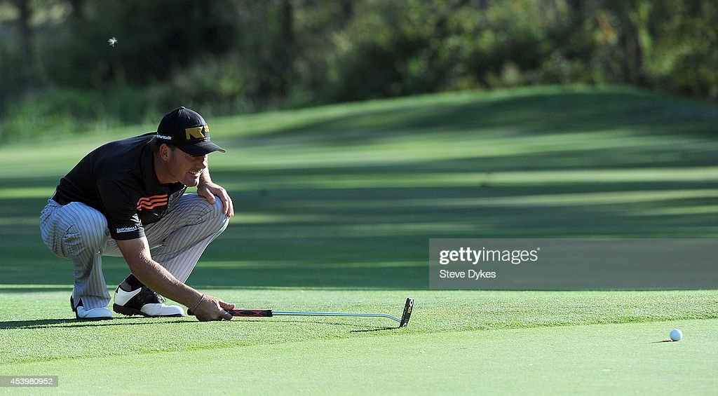 <a gi-track='captionPersonalityLinkClicked' href=/galleries/search?phrase=Alex+Cejka&family=editorial&specificpeople=206573 ng-click='$event.stopPropagation()'>Alex Cejka</a> of Germany lines up his birdie putt attempt on the 18th hole during the second round of the WinCo Foods Portland Open on August 22, 2014 in North Plains, Oregon.
