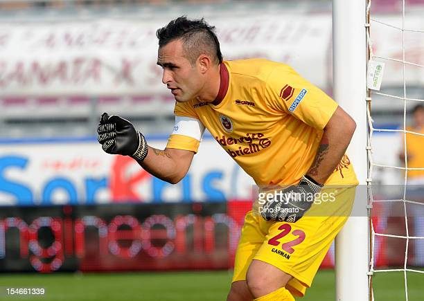 Alex Cordaz goalkeeper of AS Cittadella gestures during the Serie B match between AS Cittadella and US Sassuolo Calcio at Stadio Pier Cesare...
