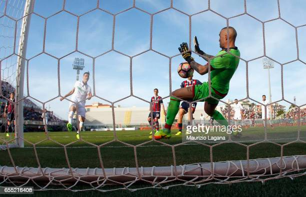 Alex Cordaz of Crotone saves the goal during the Serie A match between FC Crotone and ACF Fiorentina at Stadio Comunale Ezio Scida on March 19 2017...