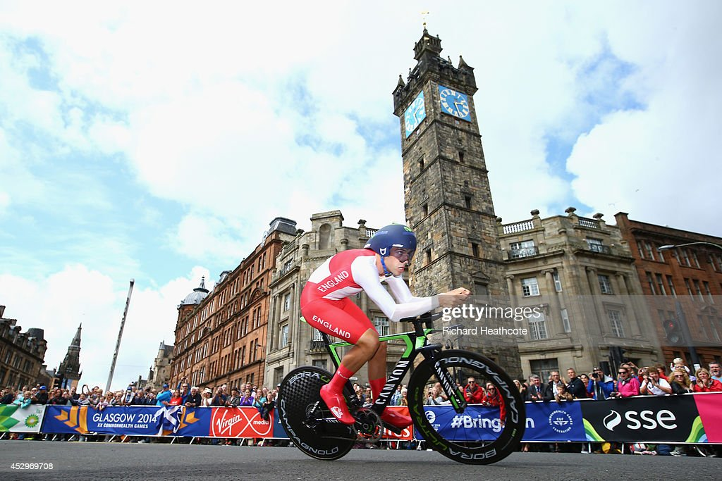 <a gi-track='captionPersonalityLinkClicked' href=/galleries/search?phrase=Alex+Dowsett&family=editorial&specificpeople=5537739 ng-click='$event.stopPropagation()'>Alex Dowsett</a> of England goes past The Tolbooth during the Men's individual time trial during day eight of the Glasgow 2014 Commonwealth Games on July 31, 2014 in Glasgow, United Kingdom.
