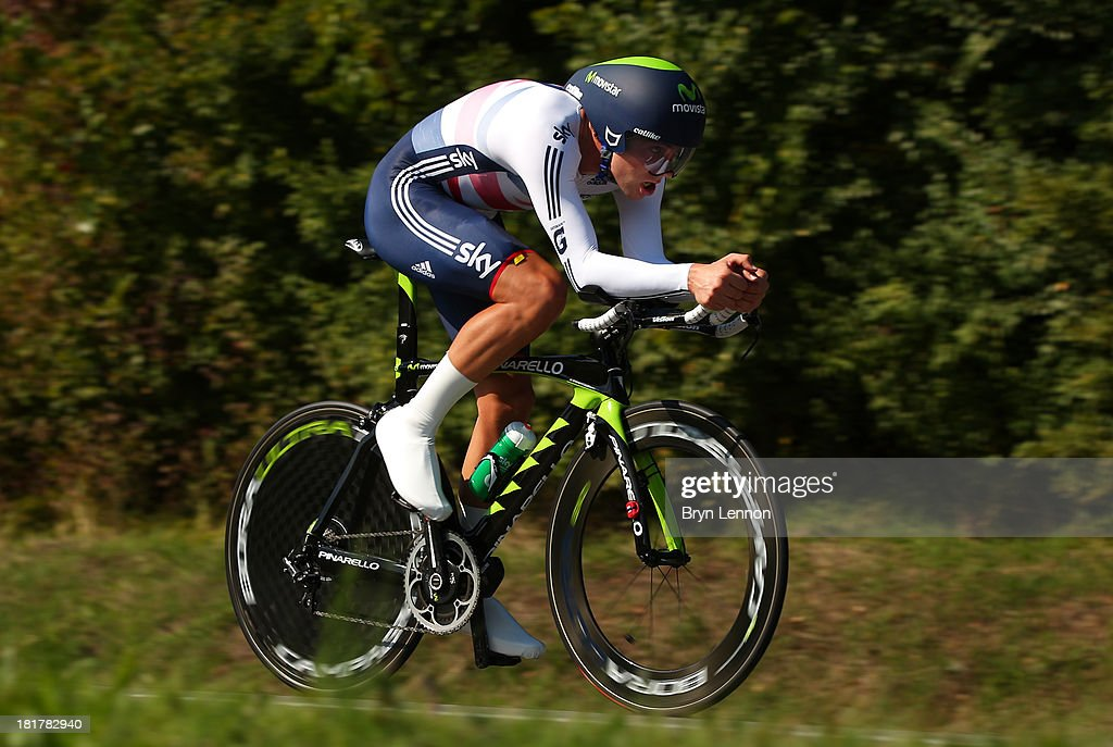 <a gi-track='captionPersonalityLinkClicked' href=/galleries/search?phrase=Alex+Dowsett&family=editorial&specificpeople=5537739 ng-click='$event.stopPropagation()'>Alex Dowsett</a> of Great Britain in action during the Elite Men's Time Trial, from Montecatini Terme to Florence on September 25, 2013 in Florence, Italy.