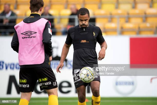 Alex Dyer of IF Elfsborg during warmup prior to the Allsvenskan match between IF Elfsborg and Jonkopings Sodra IF at Boras Arena on May 22 2017 in...