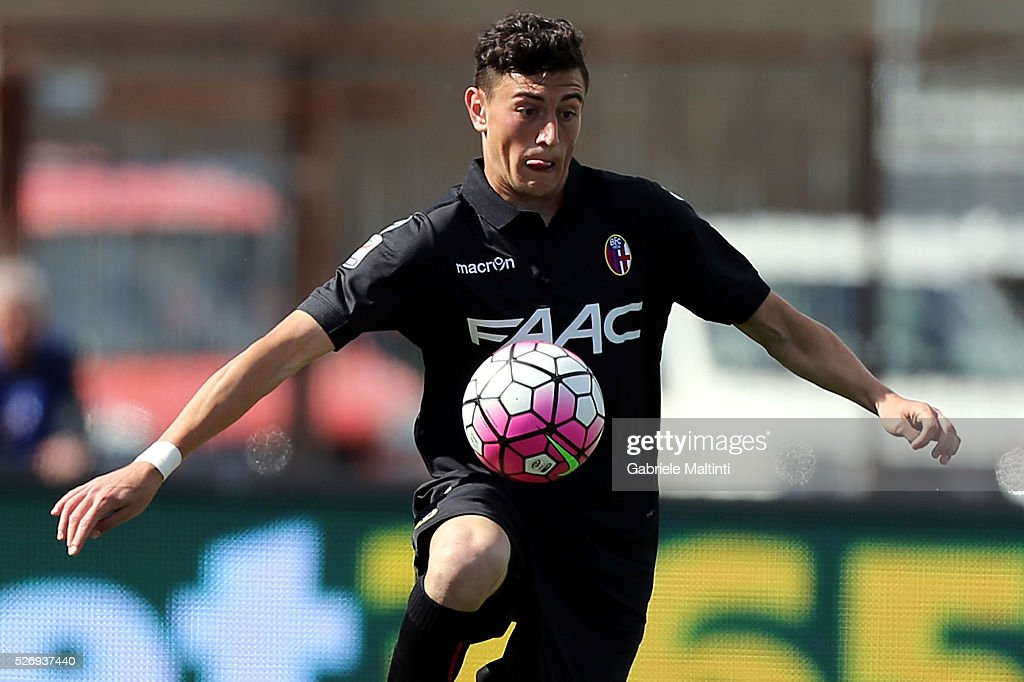 Alex Ferrari of Bologna FC in action during the Serie A match between Empoli FC and Bologna FC at Stadio Carlo Castellani on May 1, 2016 in Empoli, Italy.
