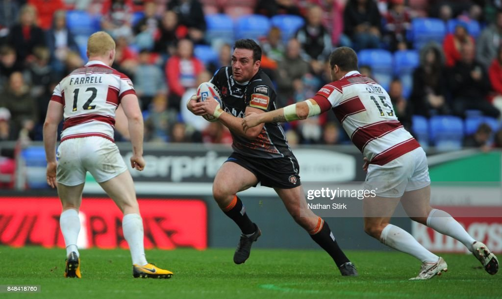Alex Foster of Castleford Tigers in action during the Betfred Super League Super 8s Round 6 match between Wigan Warriors and Castleford Tigers at DW Stadium on September 17, 2017 in Wigan, England.