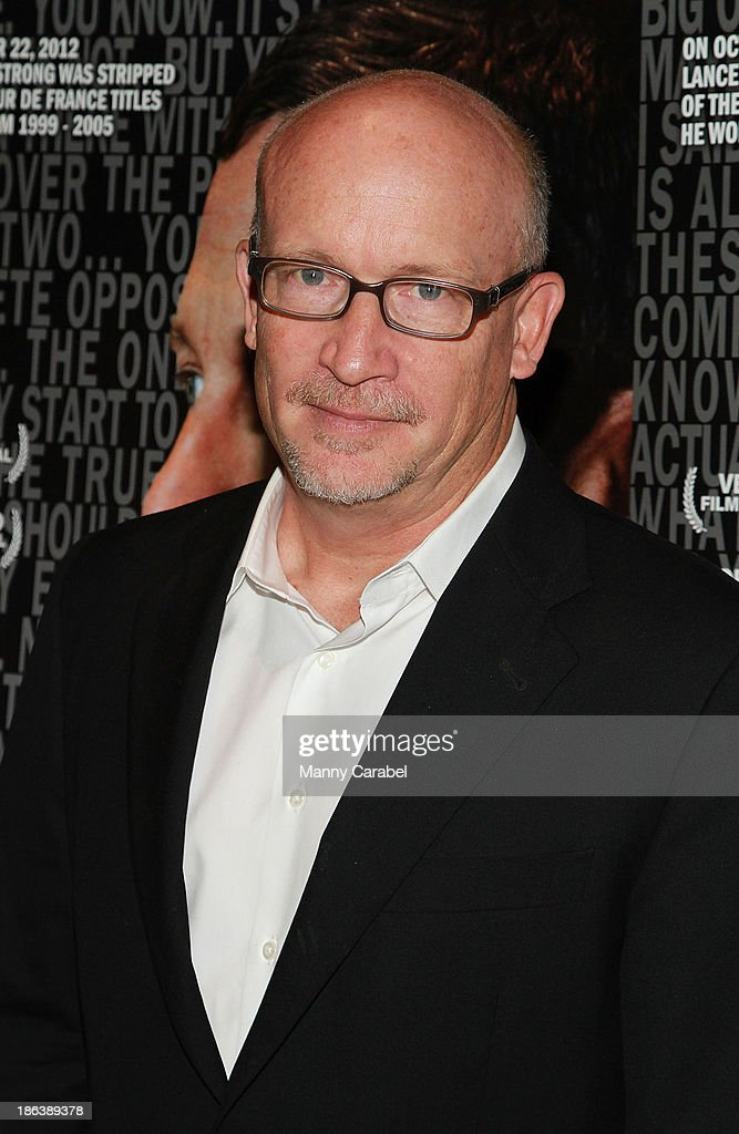 <a gi-track='captionPersonalityLinkClicked' href=/galleries/search?phrase=Alex+Gibney&family=editorial&specificpeople=844225 ng-click='$event.stopPropagation()'>Alex Gibney</a> attends 'The Armstrong Lie' premiere at the Tribeca Grand Hotel on October 30, 2013 in New York City.
