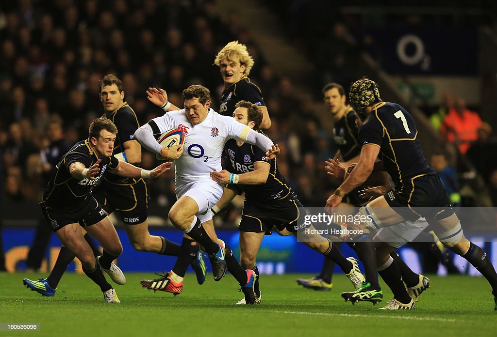 <a gi-track='captionPersonalityLinkClicked' href=/galleries/search?phrase=Alex+Goode&family=editorial&specificpeople=2060375 ng-click='$event.stopPropagation()'>Alex Goode</a> of England breaks through the Scottish defence during the RBS Six Nations match between England and Scotland at Twickenham Stadium on February 2, 2013 in London, England.